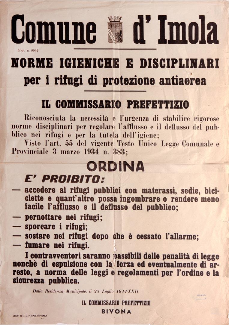 3. Imola, 25 luglio 1944, manifesto che regolamenta l'accesso ai rifugi antiaerei (Archivio Cidra, Fondo Montevecchi)